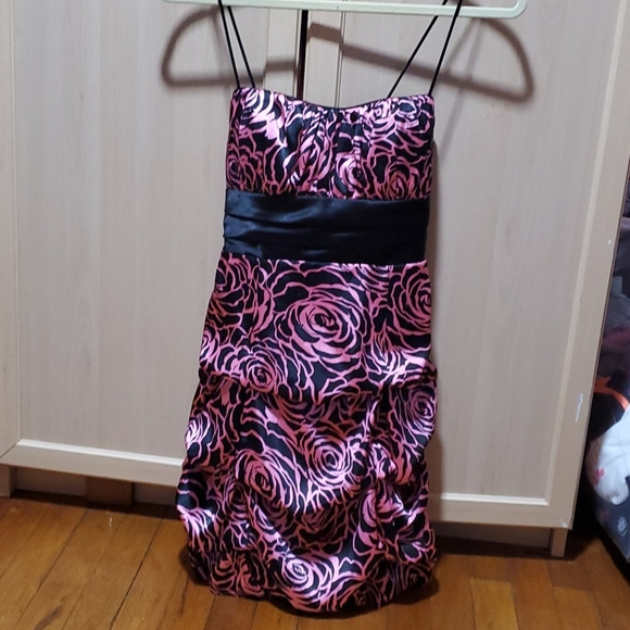 Rose Detailed Party Dress